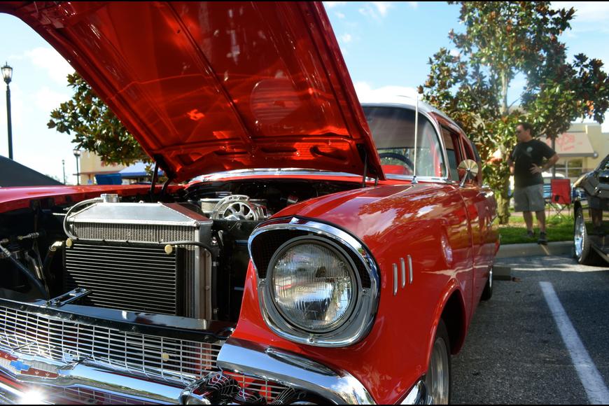 Ed's Tavern Classic Car Show