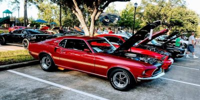 Coles Crossing Cars & Coffee: Cars at the Park